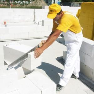 Строительство из легкобетонных блоков