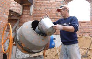 Как правильно замешивать цемент