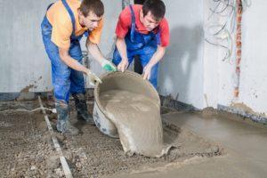 Работы с бетоном заливаем бетонный пол