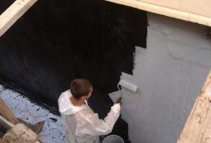 Как защитить бетон от воздействия влаги